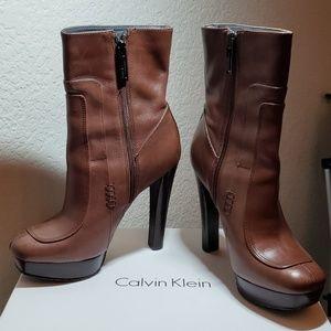 Calvin Klein Brenna Calf walnut sz 6.5